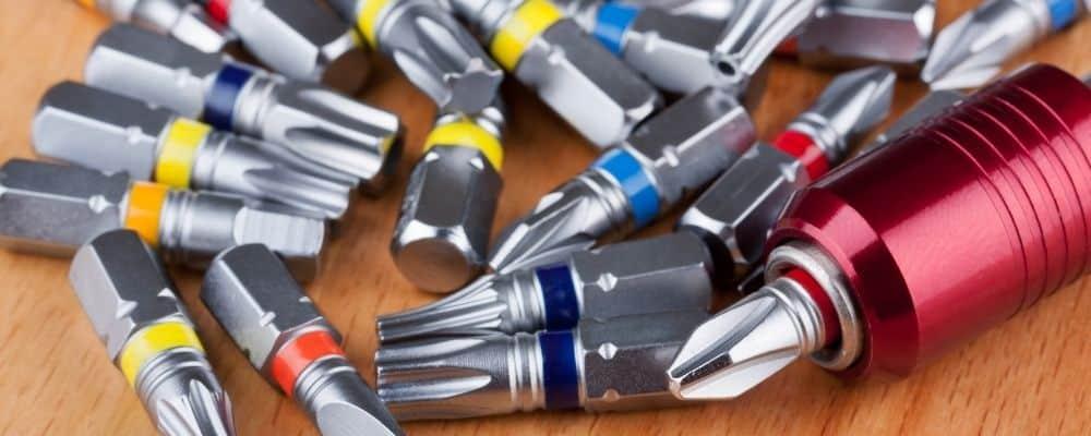 Was bedeuten die Farben bei Akkuschrauber Bits
